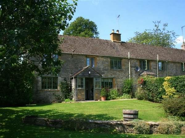 3 Church Cottages, Notgrove in Gloucestershire