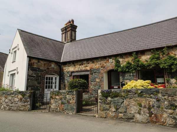 Gwalia, 2 Crescent Llandwrog in Gwynedd
