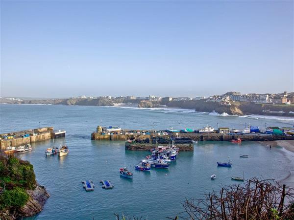 Sandy Feet, Harbour View in Cornwall