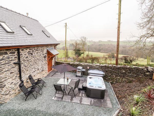 Stabl, Plas Moelfre Hall Barns from Sykes Holiday Cottages