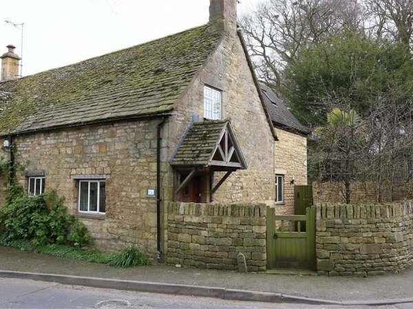 1 Church Cottages in Gloucestershire