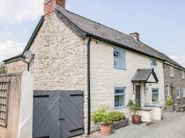 1 Garden Cottages in Shropshire