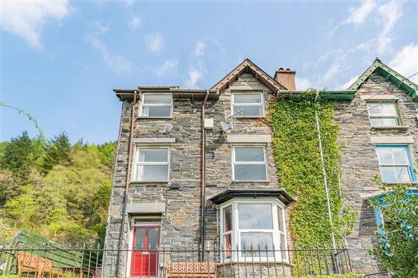 1 Isygraig from Sykes Holiday Cottages