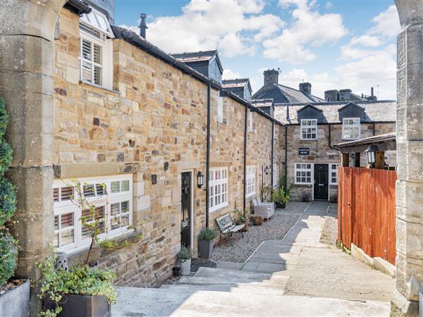 1 Stanhope Castle Mews in Durham