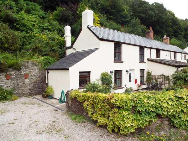 1 Yew Tree Cottages in Gloucestershire
