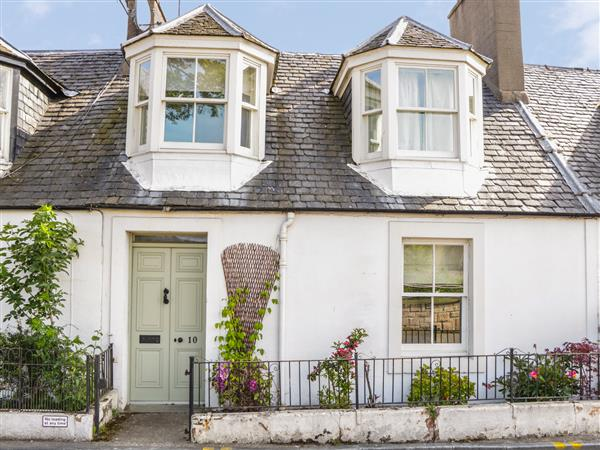 10 Douglas Row in Inverness-Shire