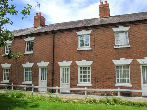 11 Victoria Cottages in Warwickshire