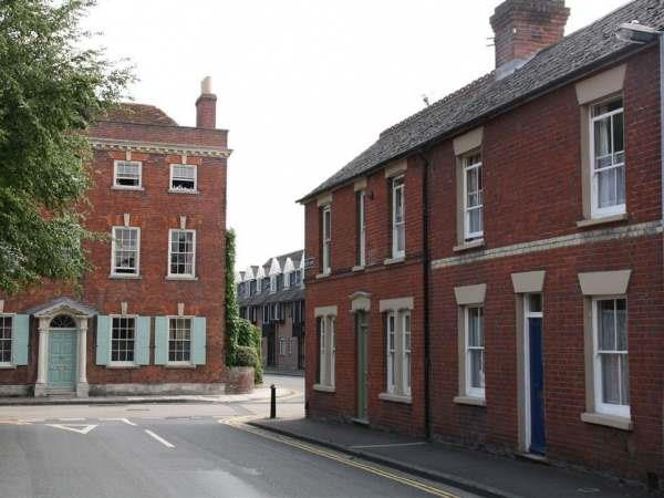 128 Love Lane in Wiltshire