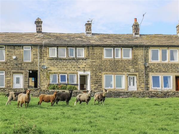 17 Moorside in West Yorkshire