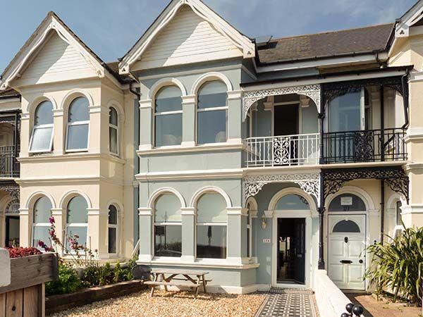 175 Brighton Road in West Sussex