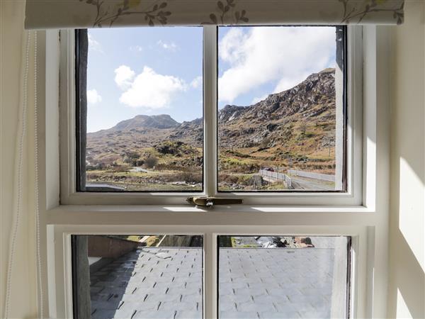 19 Cwmorthin Road in Gwynedd