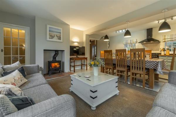 2 Dix Cottages in Norfolk