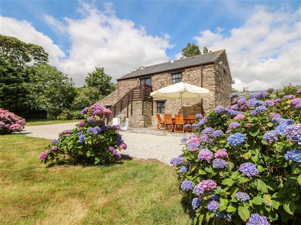 2 Pencoose Barns in Cornwall