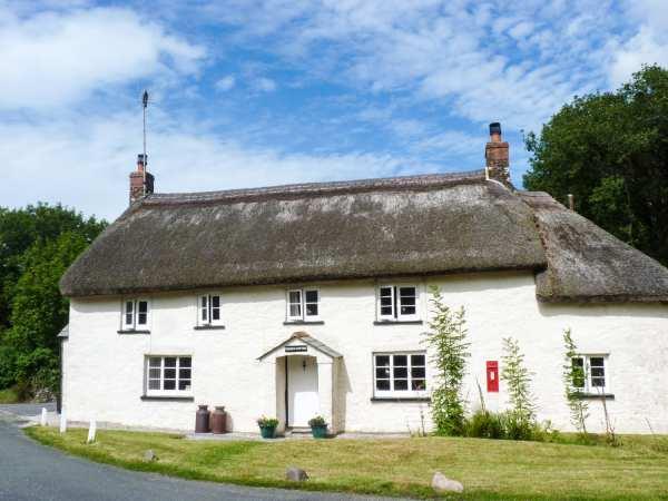 2 Priory Cottages in Devon