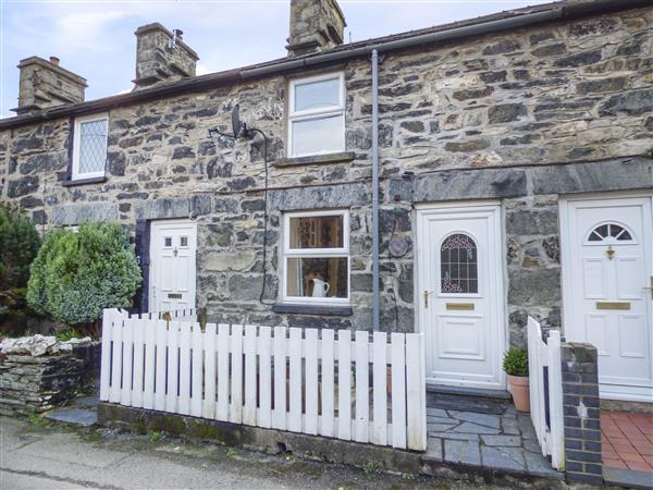 2 White Street in Gwynedd