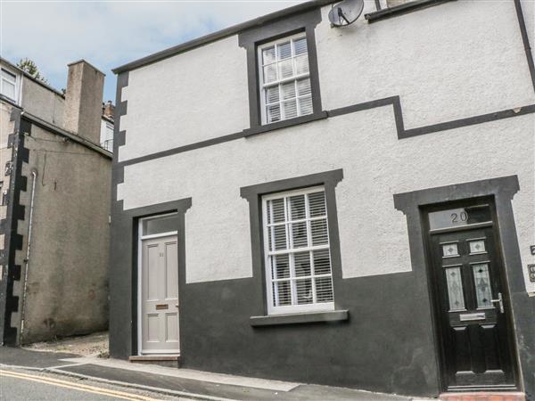 22 Uppergate Street in Gwynedd