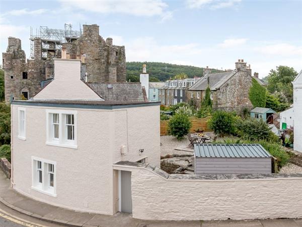 3 Castlebank in Kirkcudbrightshire
