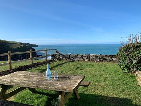 3 Overcliff in Cornwall