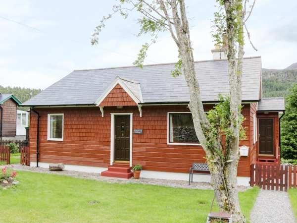 3 Strathanmore Cottages in Ross-Shire