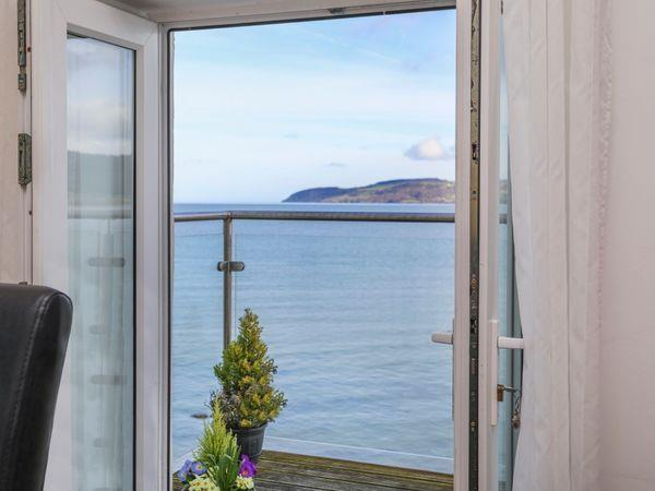3 The Coach House - Penthouse Apartment from Sykes Holiday Cottages