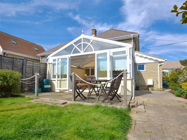 4 Brooks Close in Isle of Wight