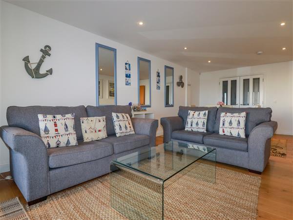 47 Bredon Court in Cornwall