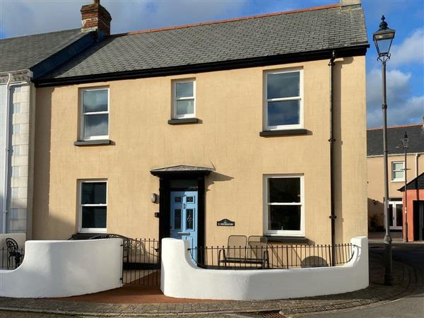 5 Shoreside in Devon