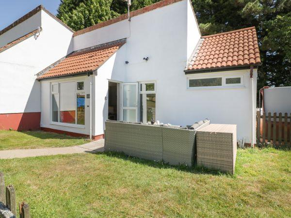 6 Manorcombe Bungalows from Sykes Holiday Cottages