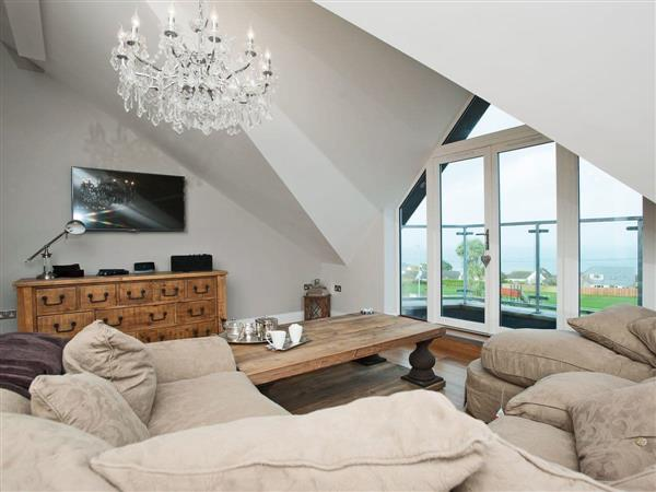 7 Four Seasons Penthouse in Cornwall