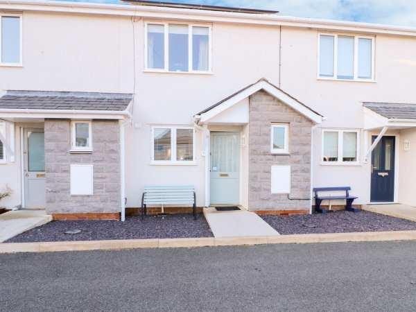 7 Gwel Yr Afon from Sykes Holiday Cottages