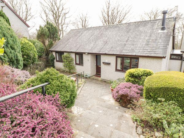 8 Glan Ysgethin from Sykes Holiday Cottages
