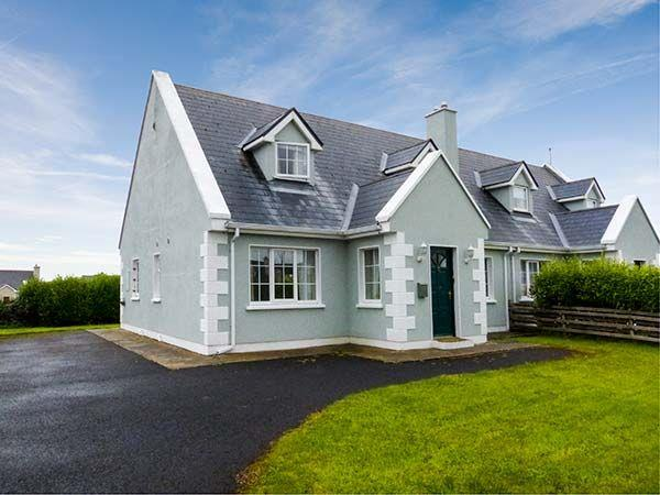 8 Latheanmor Court in Mayo