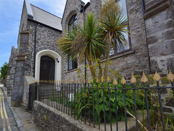 8 Torwood Gables in Devon