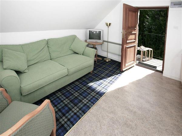 Acharn Lodges - Pine Cottage in Perthshire
