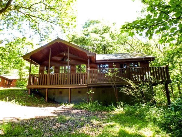 Acorn Lodge in Dyfed