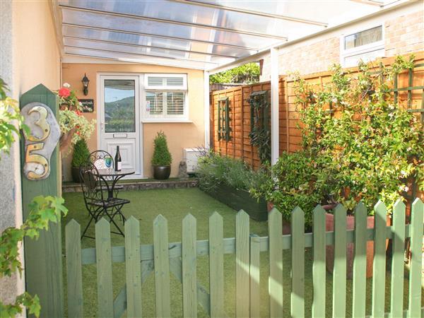 Amelyah Cottage in Avon
