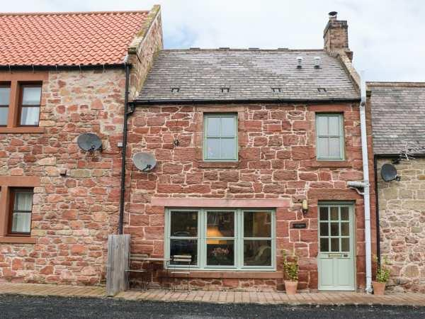 Angus Cottage in Berwickshire