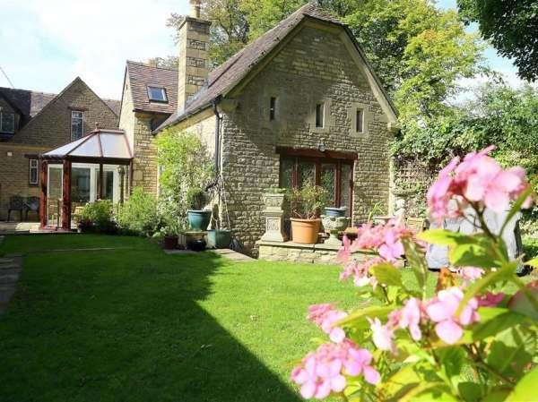 Anvil Cottage in Oxfordshire