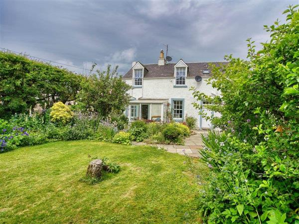 Appletree Cottage in Kinross-Shire