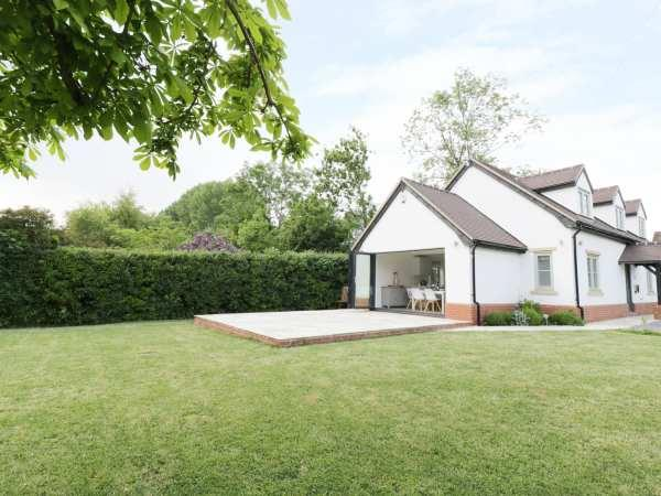 Appletree Cottage in Worcestershire