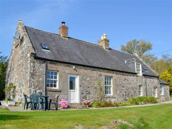Arbuthnott Estate Cottages - Garden Cottage in Aberdeenshire