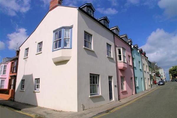 Arcadia House 4b in Dyfed
