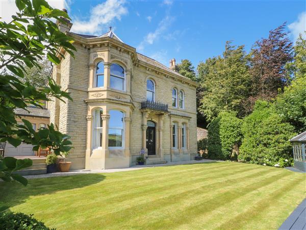Ash Villa, Holmfirth