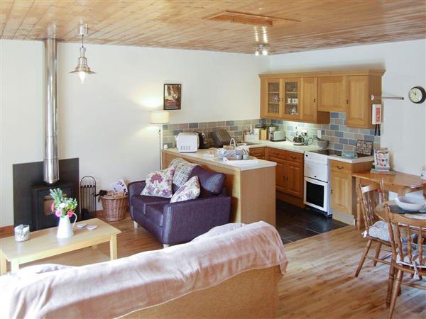 Ashen Cross Holiday Cottages - The Court in Cornwall