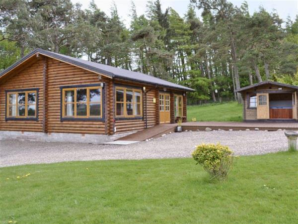 Ashknowe Log Cabin from Hoseasons