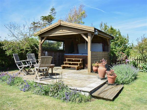 Atherfield Green Farm Holiday Cottages - Lavender Cottage in Isle of Wight