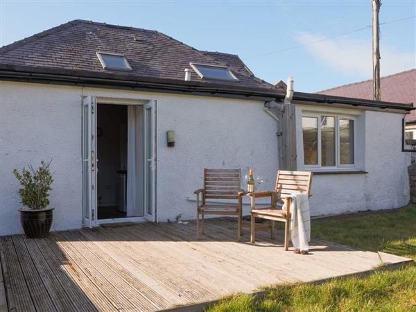 Bach Wen Cottages - Beuno from Cottages 4 You