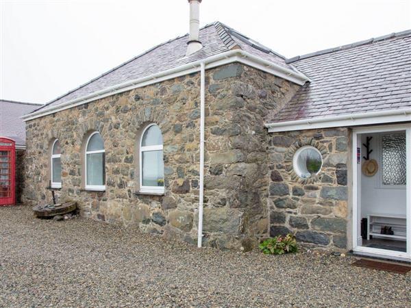 Bach Wen Cottages - Granary in Gwynedd
