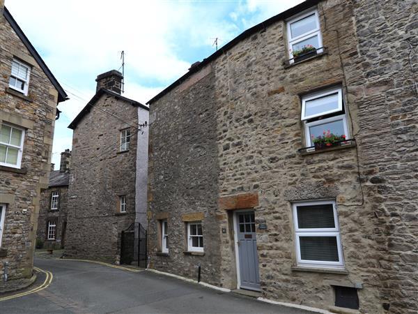 Back Cottage in Cumbria