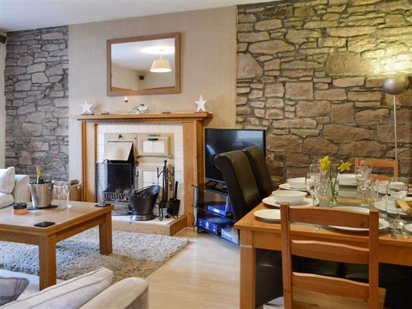 Baldowrie Farm Cottage from Cottages 4 You